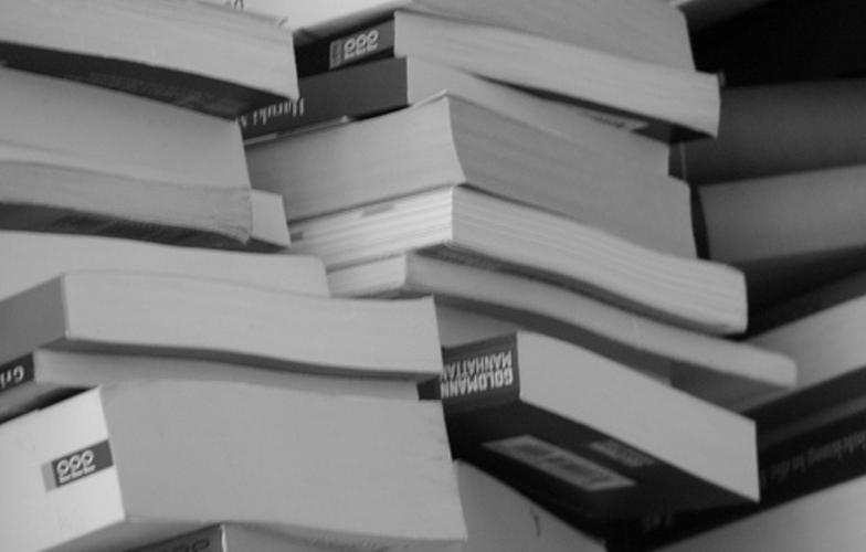 Extra_large_knjige_na_metar