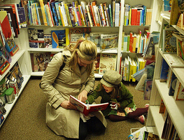 Small_reading_with_kristin___clover_1