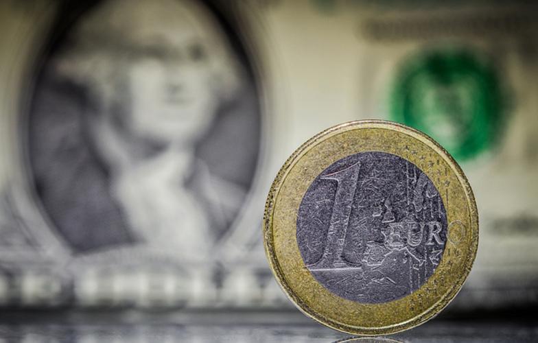 Extra_large_euro