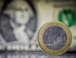 Small_euro