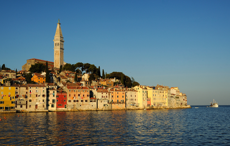 Extra_large_rovinj_dawn_fishingboat