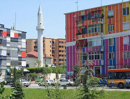Small_1200px-tirana_-_colourful_houses_at_lana