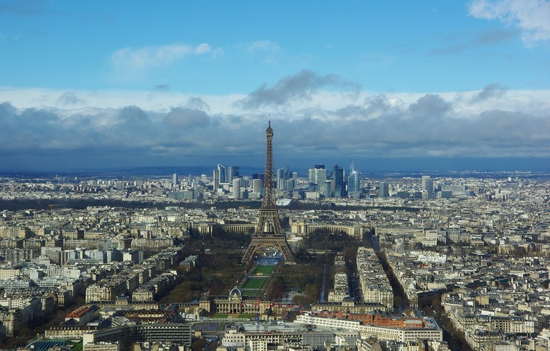Extra_large_paris-2315747_1280