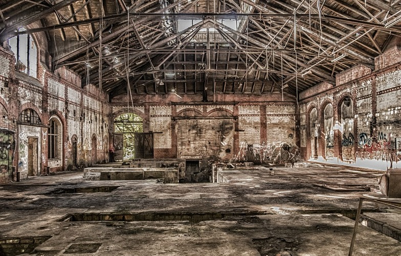 Extra_large_leave-ruin-lapsed-factory-hall-lost-places-old-2752310