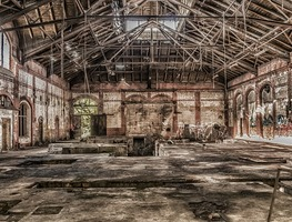 Small_leave-ruin-lapsed-factory-hall-lost-places-old-2752310