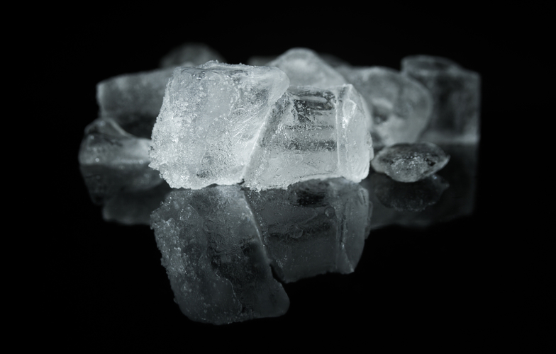 Extra_large_canva_-_ice_cubes