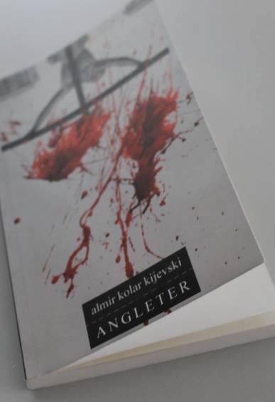 Book_19417405_1479870565410851_2504004475021162295_o