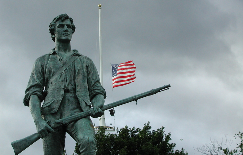 Extra_large_statue_in_minute_man_national_historical_park