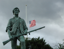 Small_statue_in_minute_man_national_historical_park