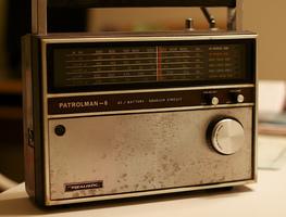Small_radio