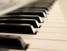 Small_piano-2171007_1280