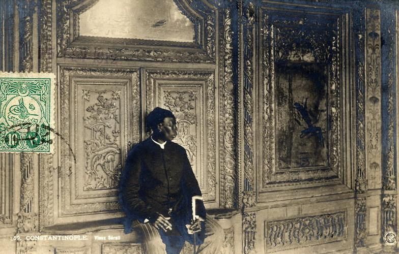 Extra_large_ottoman_eunuch__1912