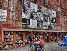 Small_bookstore