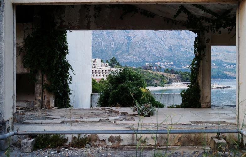 Extra_large_dubrovnik-abandoned-kupari-croatia-hotels-734982