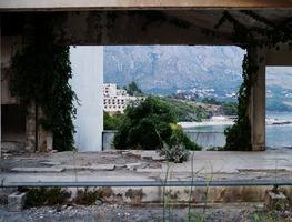 Small_dubrovnik-abandoned-kupari-croatia-hotels-734982