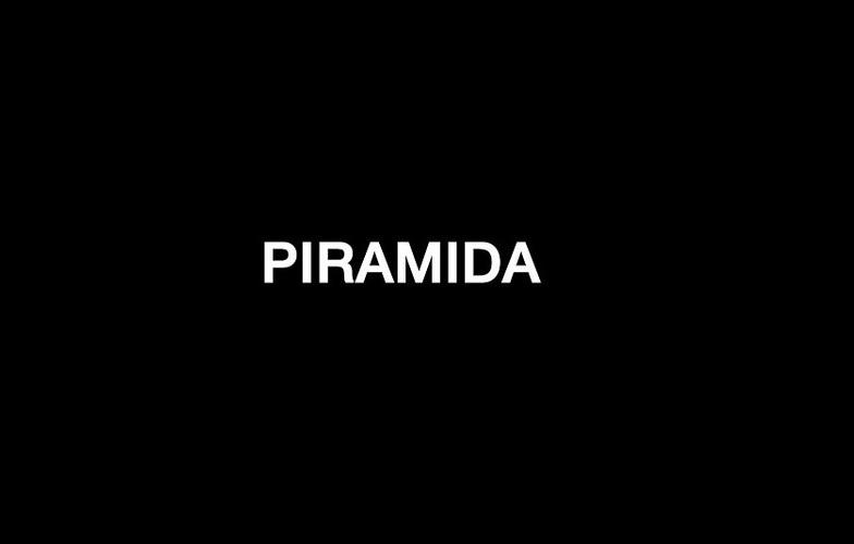 Extra_large_pirami1