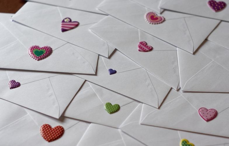 Extra_large_envelope-3217579_1280