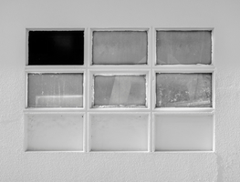 Small_canva_-_white_framed_glass_window