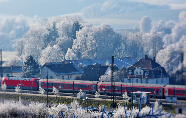 Extra_large_canva_-_train_station_in_snowy_landscape