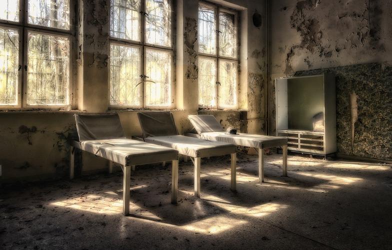 Extra_large_sanatorium-4160287_1280