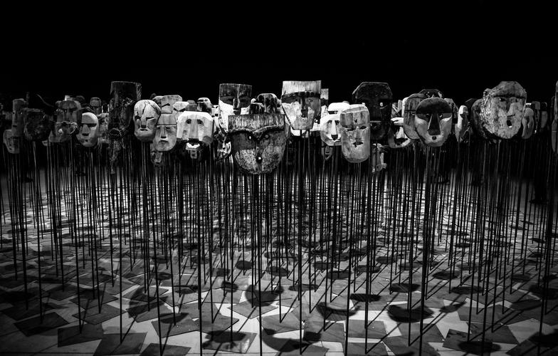 Extra_large_canva_-_greyscale_photo_of_masks_on_a_stick