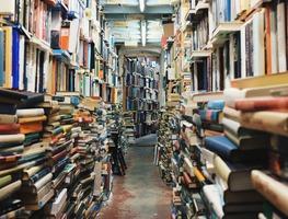 Small_books-768426_1280