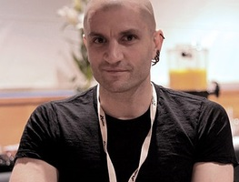 Small_400px-china_mieville