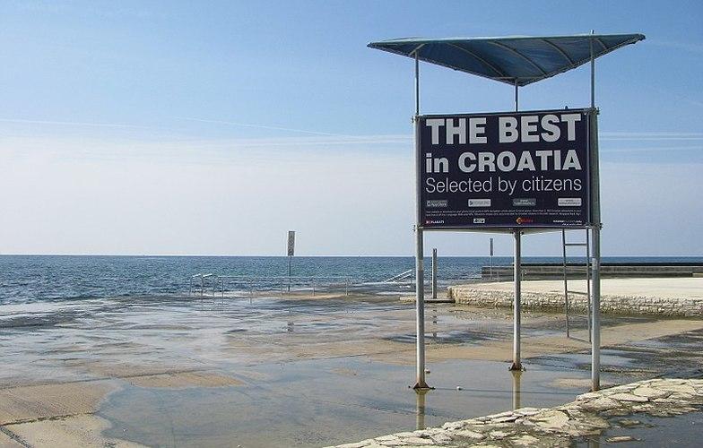 Extra_large_800px-_etali_te_miramare__umag__croatia_-_panoramio__3_
