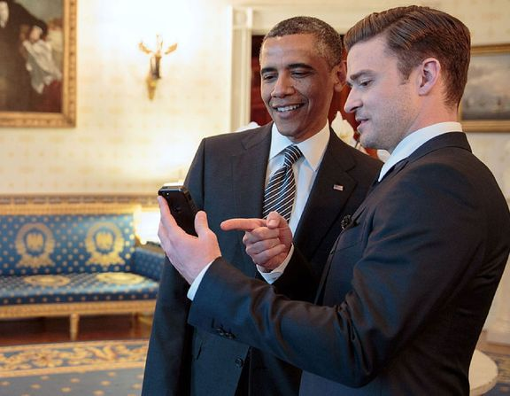 Large_justin_timberlake_and_barack_obama_at_the_white_house_-_2