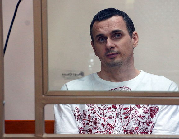 Large_oleg_sentsov__ukrainian_political_prisoner_in_russia__2015