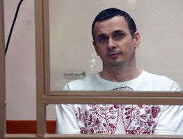 Small_oleg_sentsov__ukrainian_political_prisoner_in_russia__2015