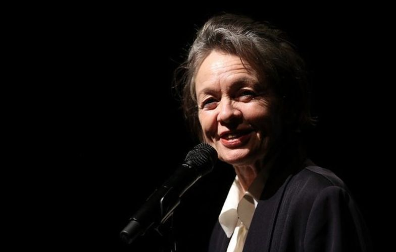 Extra_large_laurie_anderson