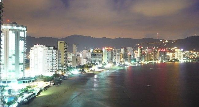 Wide_800px-acapulco_guerrero